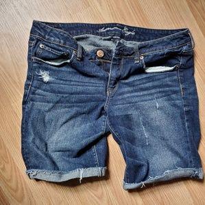 American Eagle Midrise Shorts